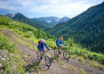 Cycledividemontana_aaronteasdale
